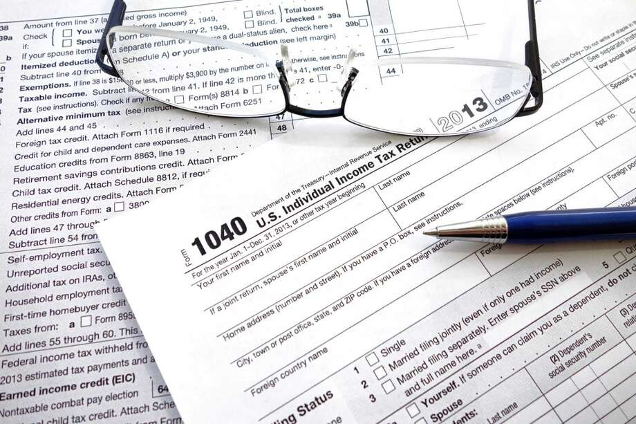 Signs that you are an income tax theft victim include: Photo: Getty Images