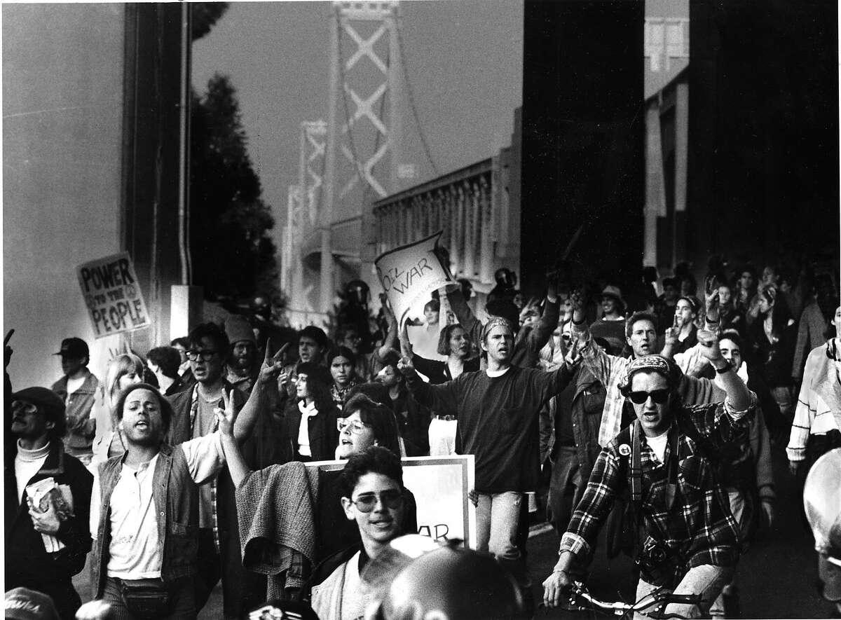 Demonstrations and protests against United State involvement in a war with IIraq Some protesters blocked traffic on the Bay Bridge AP photo ran 01/16/1991 p. A1