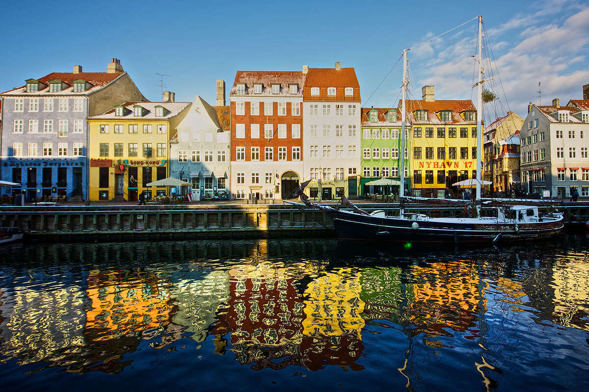 Copenhagen, Denmark is the best city for families, according to a study by Homeday. The city scored 9.91 on happiness and 9.73 on housing, contributing to an average score of 8.43 out of 10.