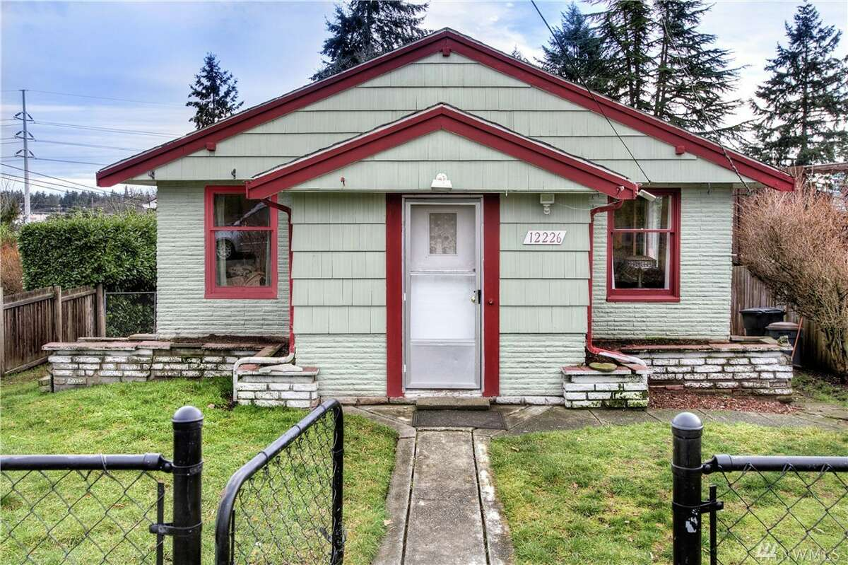 The first home, 12226 Fremont Ave. N., is listed for $400,000. The two bedroom, one bathroom home has hardwood floors, an updated kitchen and a large unfinished basement. There will be a showing for this home on Sunday, January 24 from 1 - 4 p.m. You can see the full listing here.