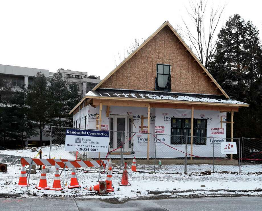 Exterior view of 60 Franklin Street Tuesday morning Jan. 19, 2016 in Saratoga Springs, N.Y.        (Skip Dickstein/Times Union) Photo: SKIP DICKSTEIN / 20035043A