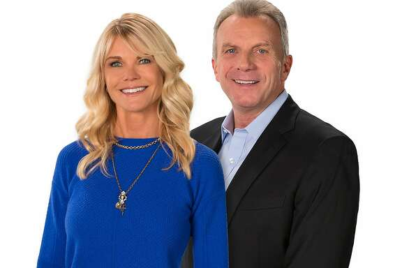 "Jennifer and Joe Montana will both appear on ""Countdown to Gold,"" a nightly news magazine leading up to Super Bowl 50."