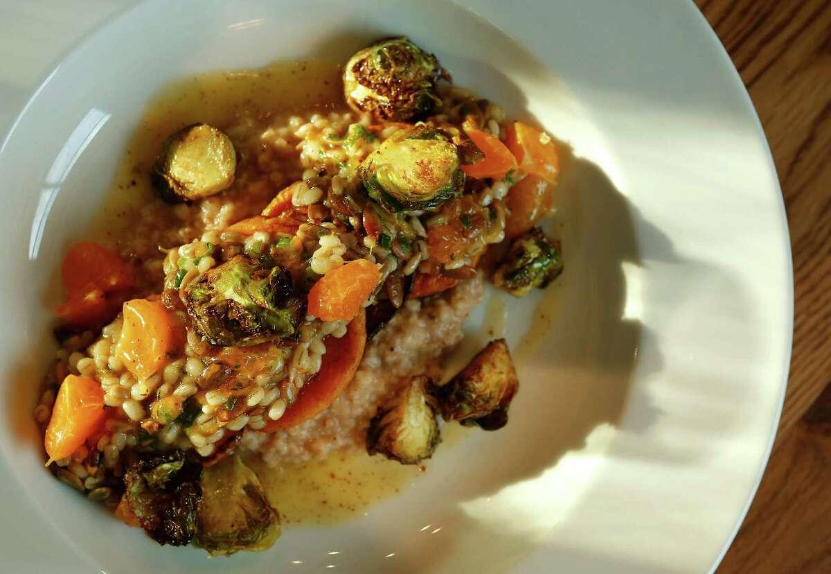Hunky Dory Cuisine: British Entree price range: $$-$$$ Where: 1801 N. Shepherd Phone: 713-864-2450 Website: treadsack.com