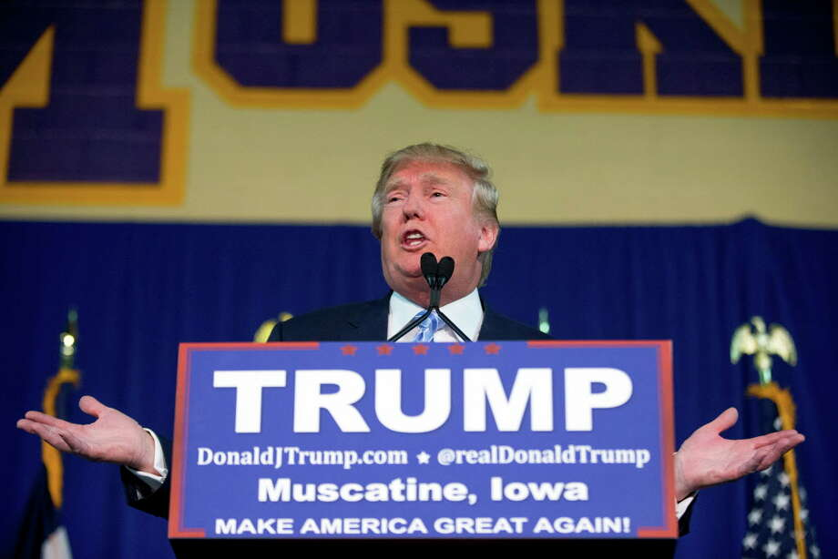 Republican presidential candidate Donald Trump speaks at a rally at Muscatine High School in Muscatine, Iowa, Sunday, Jan. 24, 2016.  Photo: Andrew Harnik / AP