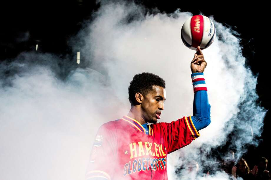 The Harlem Globetrotters are famous for their basketball skills. Photo: Seattle P.I.