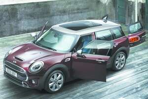 Mini redesigns Clubman wagon for 2016, making it larger, with four standard doors - Photo