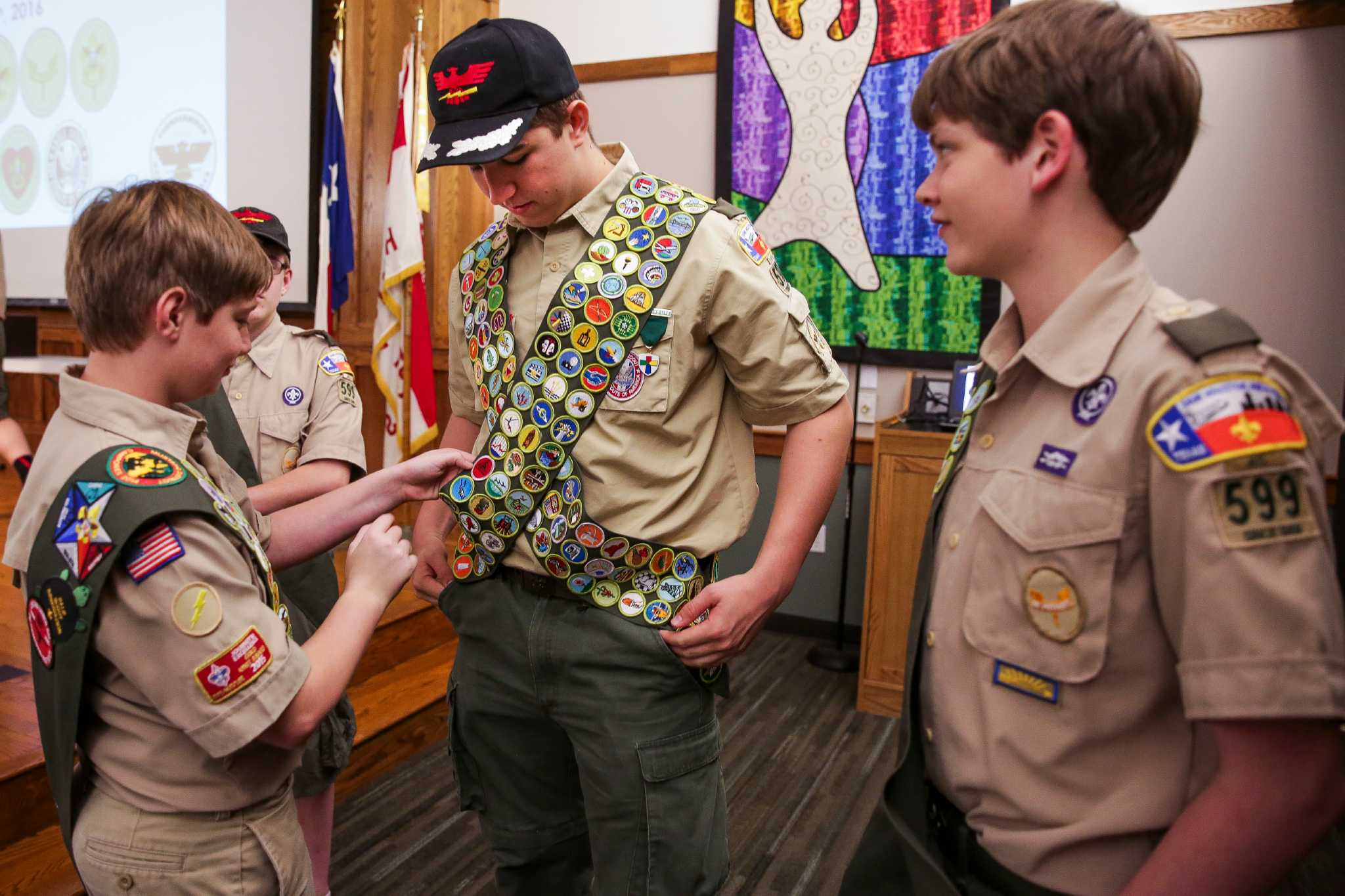 Milestone reached as Houston teen earns all 138 badges offered by Boy  Scouts - HoustonChronicle.com
