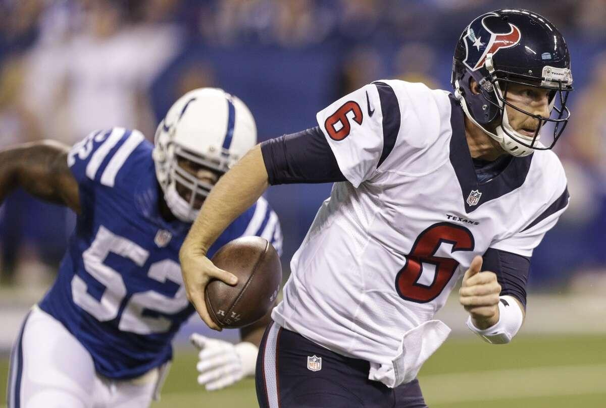 The Houston Texans signed T.J. Yates on Friday.