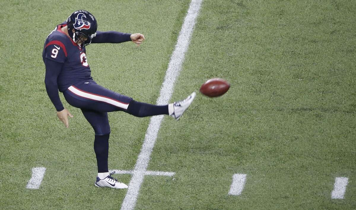 23. Shane Lechler, punter In his third season with the Texans and the last year of his contract, one of the two greatest punters in NFL history had a 47.3-yard gross average and a 38.8 net. He had 10 touchbacks and 24 inside the 20-yard line.
