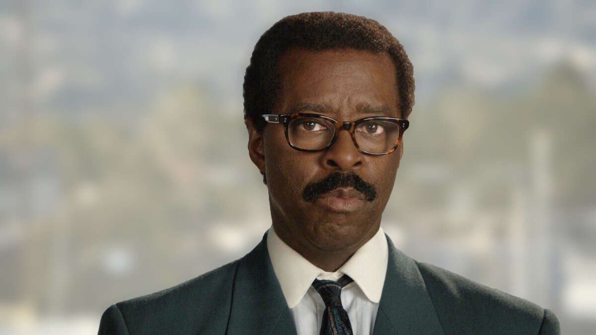 1. Among the eight facts that 'People v OJ Simpson' didn't include was that Johnnie Cochran had two families.
