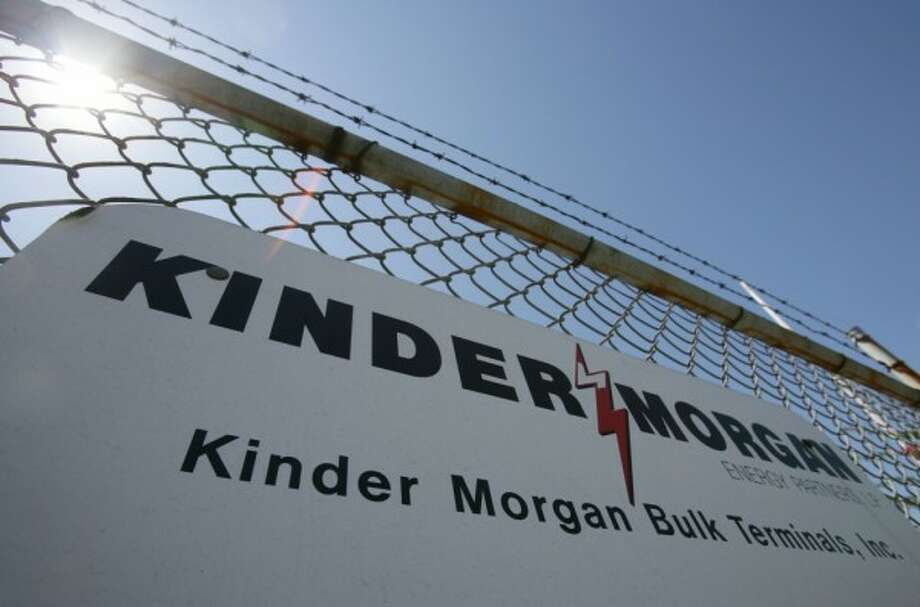 Houston pipeline operator Kinder Morgan is staring a new pipeline to move natural gas the from the Permian Basin to Corpus Christi ahead of schedule.