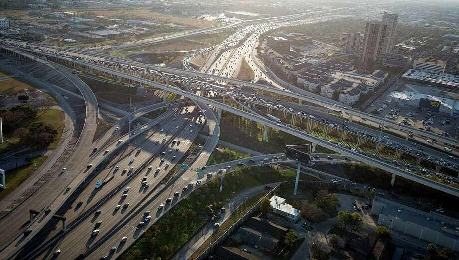 An aerial view of the U.S. 59 / Loop 610 interchange in 2014. The interchange will be rebuilt, starting later this year. Photo: Smiley N. Pool, Houston Chronicle / © 2014  Houston Chronicle