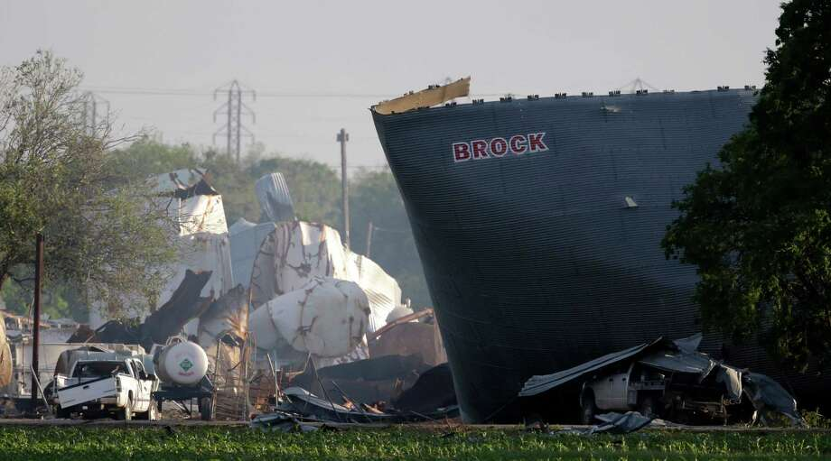 The mangled remains of a fertilizer plant are shown the day after an explosion in West that killed 15. Photo: Charlie Riedel, STF / AP