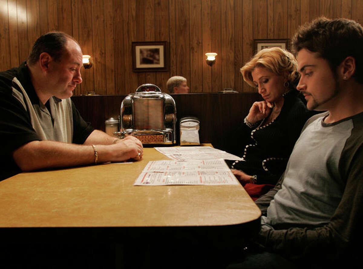 The Sopranos: (7 Seasons)