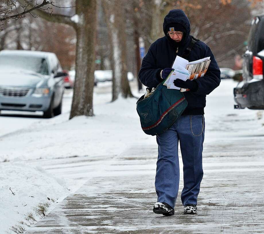 The Postal Service's failing finances need answers, not ...