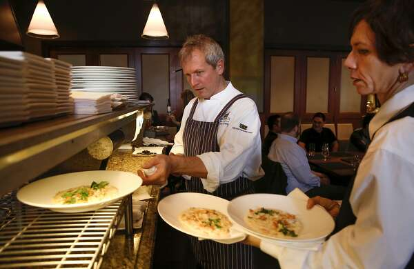 San Francisco Restaurants Brace For Super Bowl Sfchroniclecom
