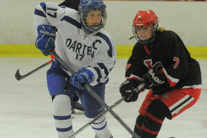 Darien, New Canaan ready to renew hockey rivalry this weekend - Photo