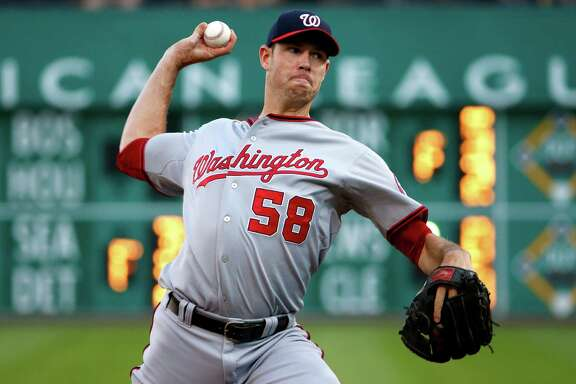 In two years with the Nationals, righthander Doug Fister posted a 21-13 record. But the newest Astro was hampered last season by a flexor tendon strain.