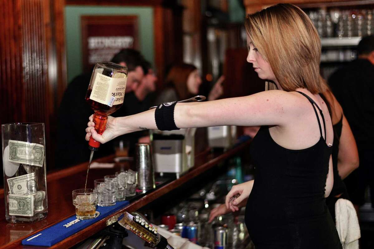 19. Howl at the Moon Gross alcohol sales: $237,200