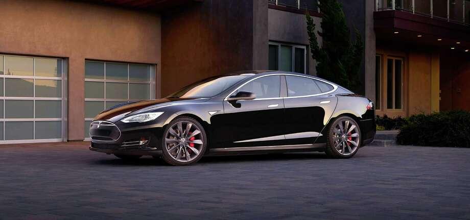 Tesla Model S / © 2016 Tesla Motors