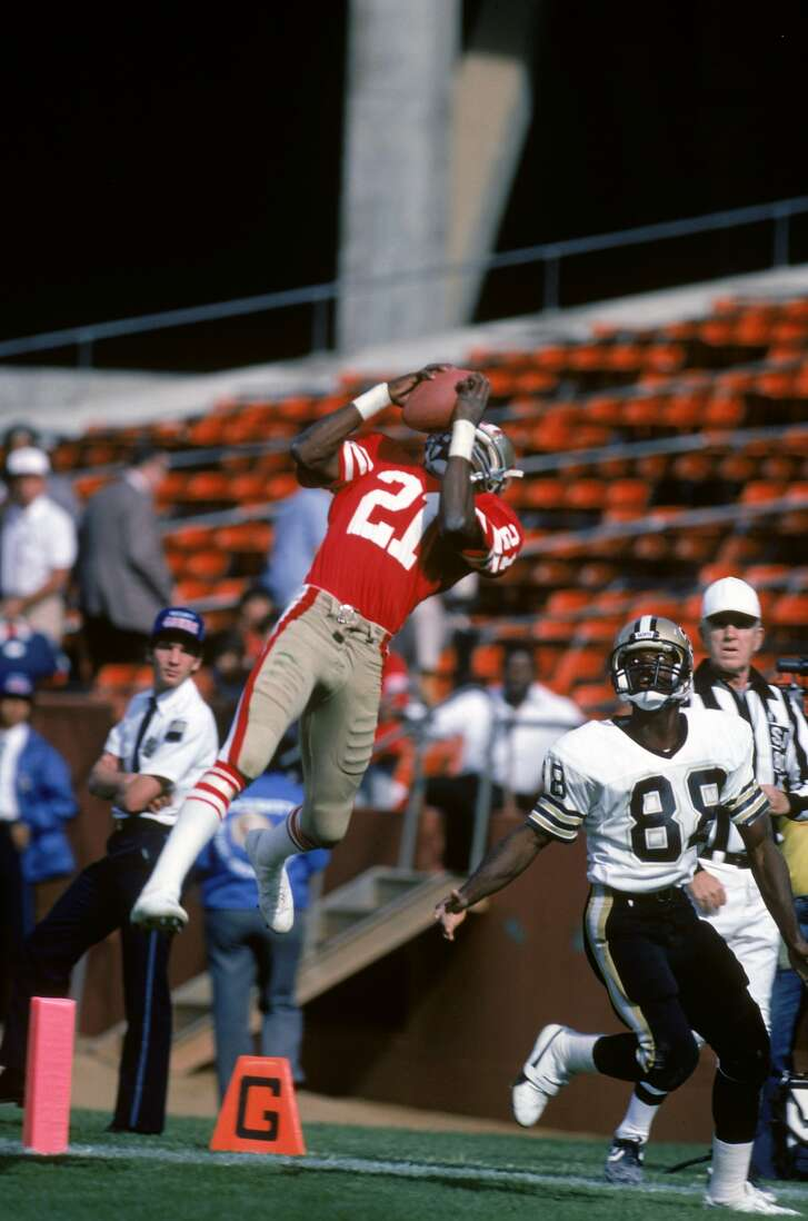 Eric Wright intercepts a pass during a 20-17 loss to the Saints at Candlestick Park in 1985.