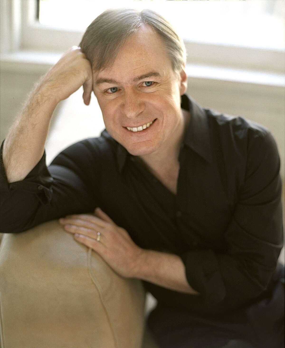 Conductor David Robertson