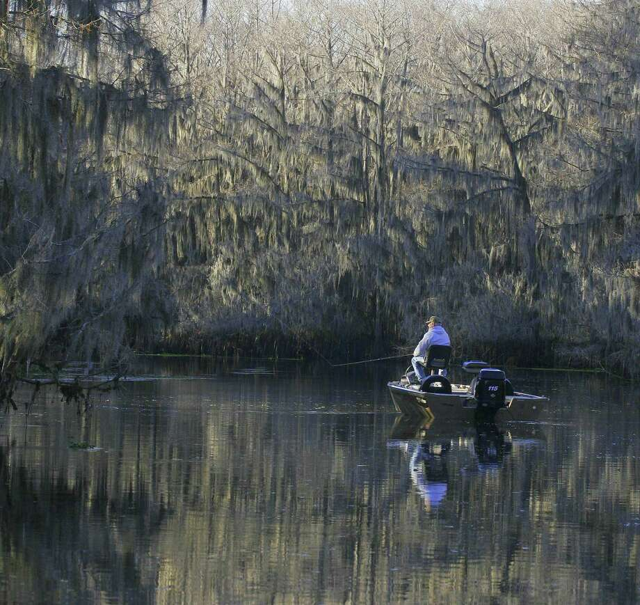 Bass fishing can heat up during the winter houston chronicle for Bass fishing in winter