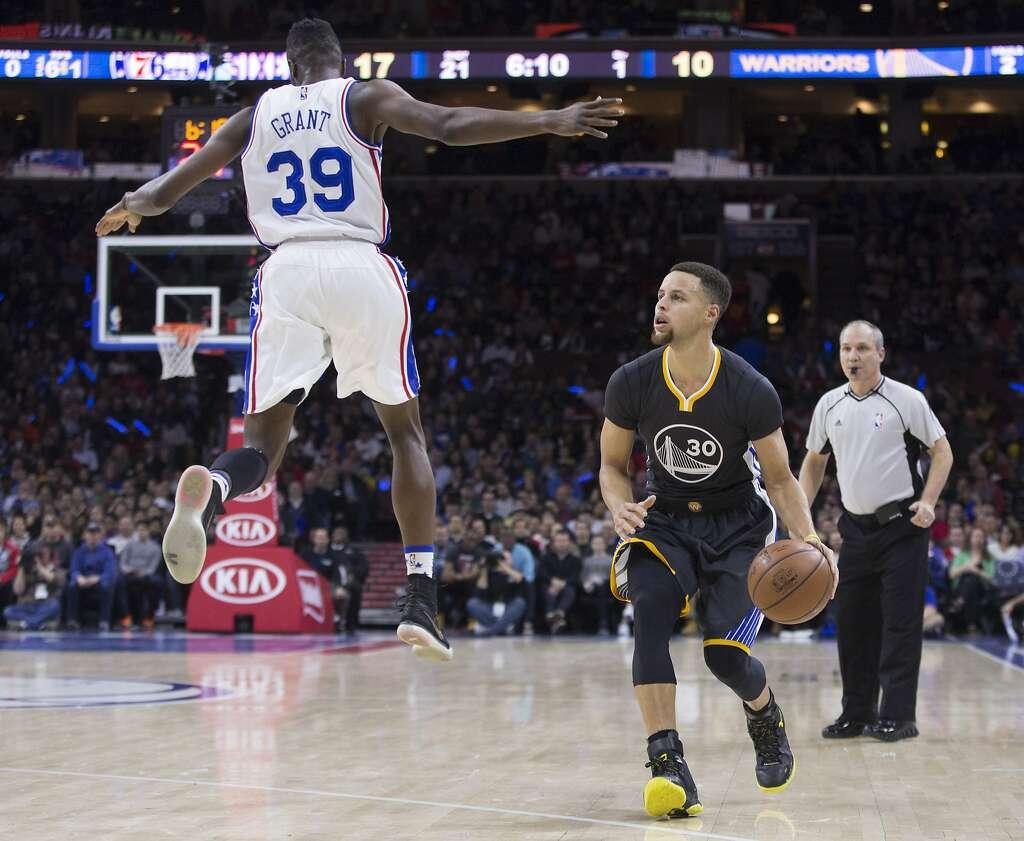 Nhận định NBA ngày 12/11: Lần đầu tiên của Joel Embiid với Warriors