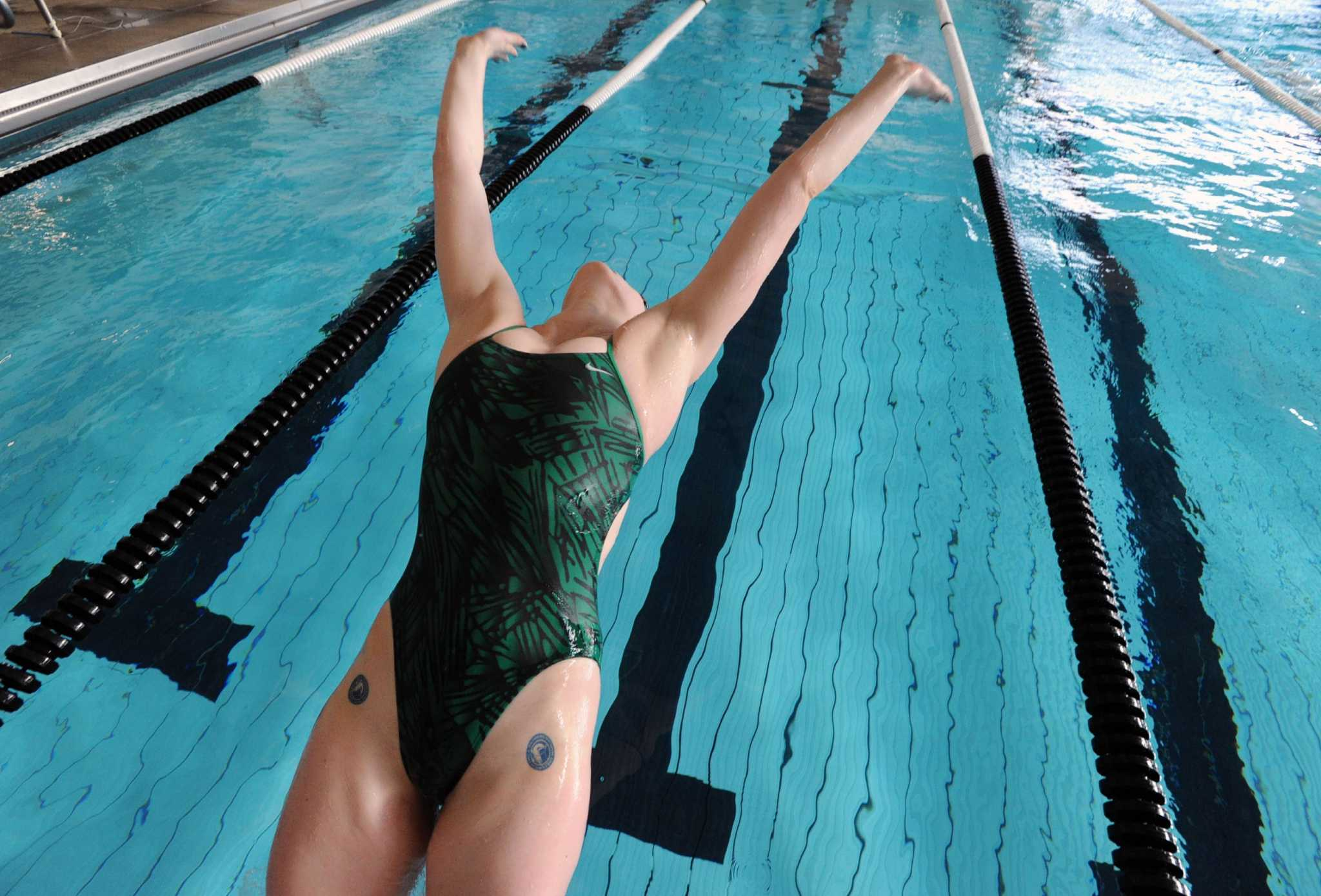 Greenwich Academy Swims Past Powerhouse Suffield Academy