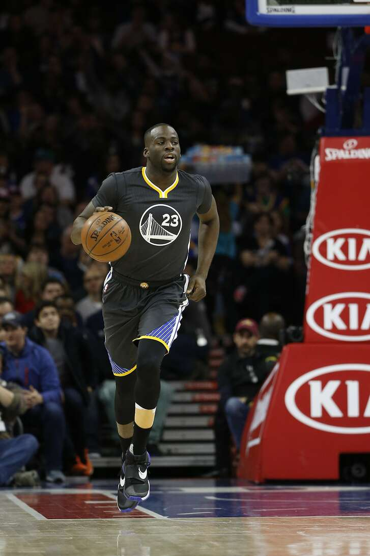 Golden State Warriors' Draymond Green in action during an NBA basketball game against the Philadelphia 76ers, Saturday, Jan. 30, 2016, in Philadelphia.