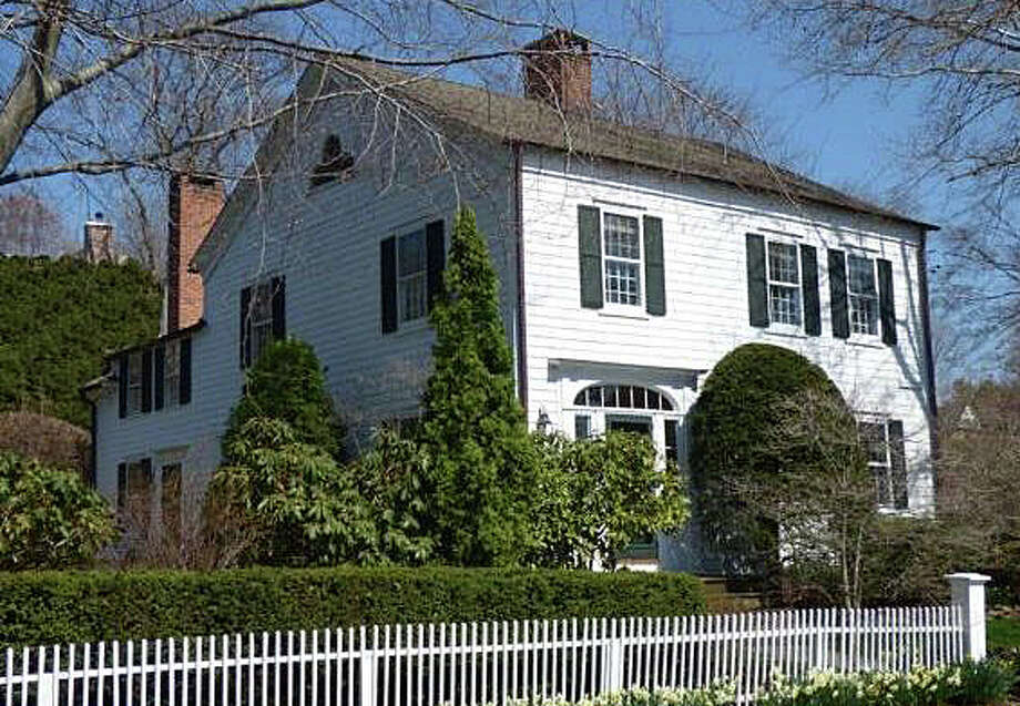 The property at 204 Harbor Road recently was sold for $2,130,000. Photo: Contributed Photo / Contributed Photo / Fairfield Citizen