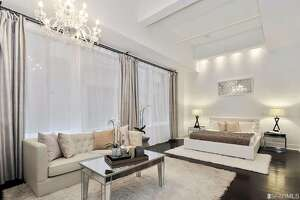 Glamorous Yerba Buena studio for $698K - Photo