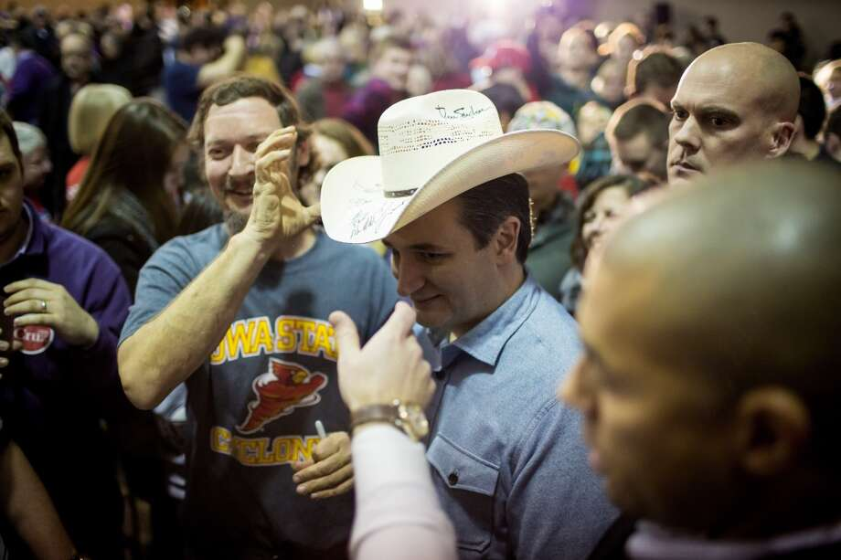 A new poll from the University of Texas and the Texas Tribune gave Texas Sen. Ted Cruz and eight point lead over his leading GOP rival, Donald Trump, ahead of Super Tuesday on March 1.  Photo: ERIC THAYER, New York Times