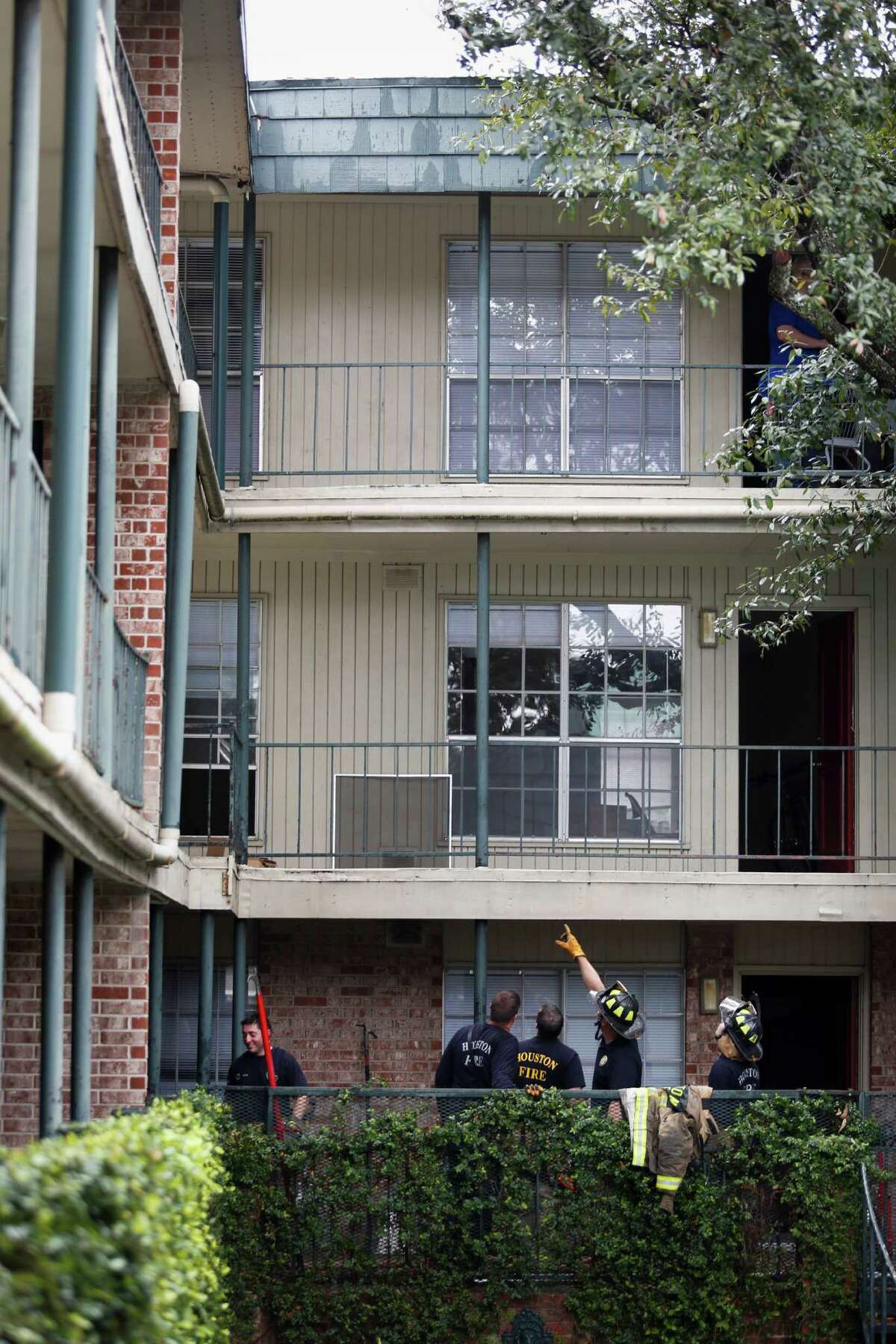 Apartments at 1400 Richmond Ave. at the Richmont Square apartment homes. (Eric Kayne/For the Chronicle)