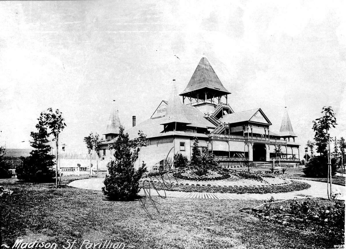 Madison Street Pavilion at Madison Beach in Seattle. Photo dated 1900.
