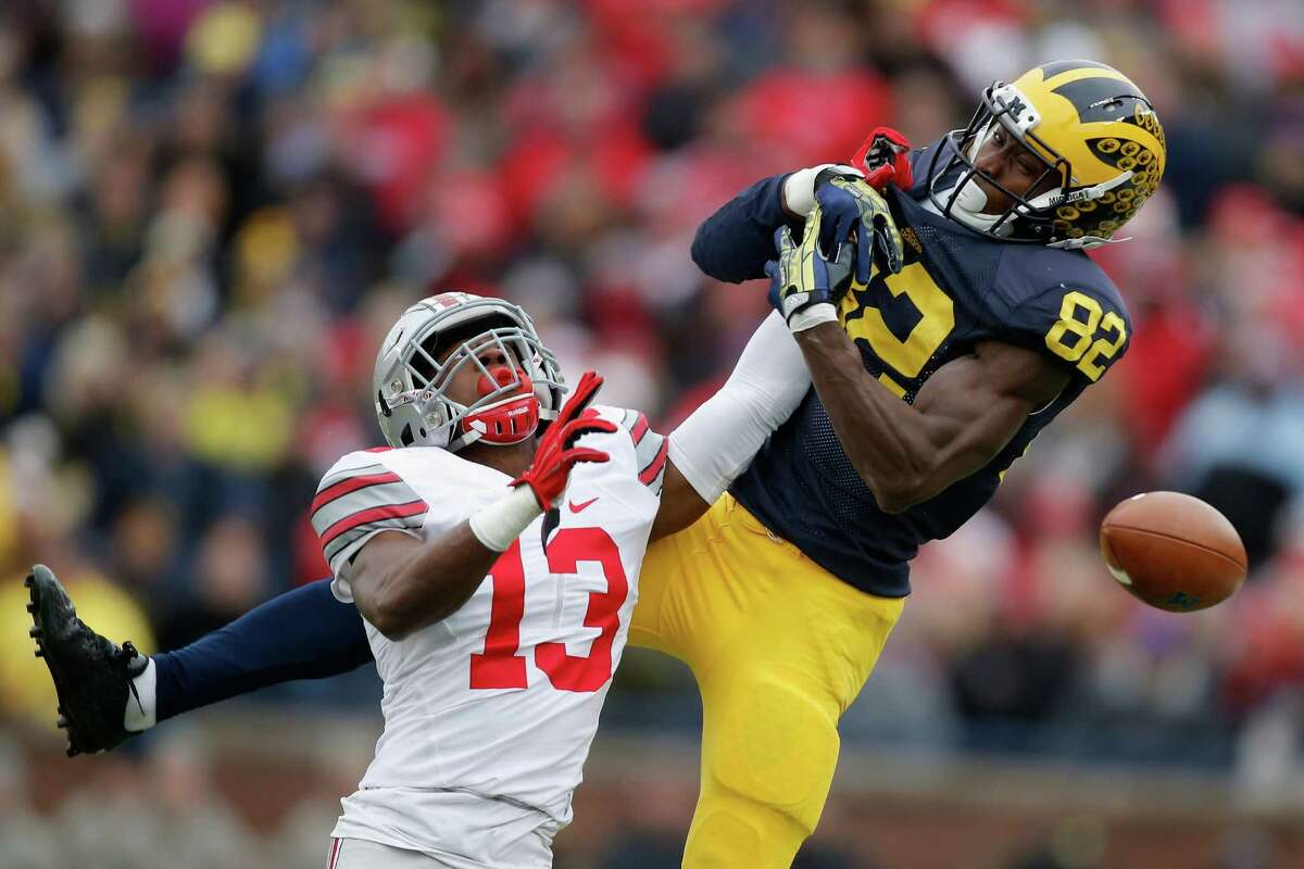 The Arizona Republic's Bob McManamanCB Eli Apple, Ohio State Notes: McManaman sees Seattle going with a cornerback to start across the field from Richard Sherman in the first round.