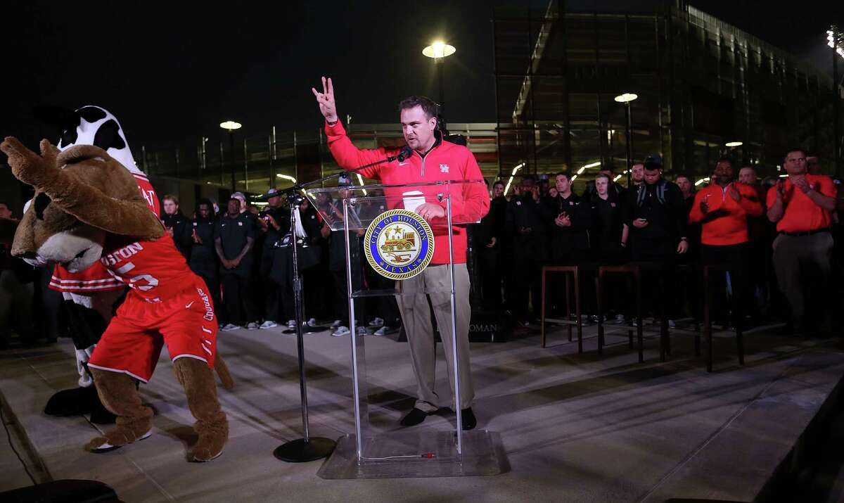 UH football coach Tom Herman thanks the student section during a rally for the UH football team's Peach Bowl win outside TDECU Stadium on Monday, Feb. 1, 2016.