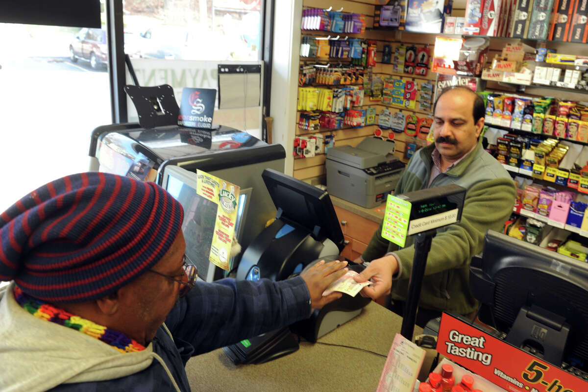 Sales of Powerball tickets were brisk at Daily Mart, a convenience store in Ansonia, Conn. Jan. 8, 2016. The jackpot for this Sunday's drawing has grown to roughly $800 million.
