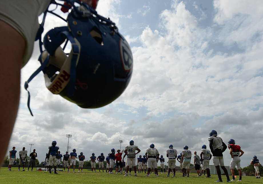 Now the only 6A school in Southeast Texas, West Brook's placement in a UIL district changed drastically. See what other schools are in West Brook's district as well as how other Southeast Texas teams are classified for the 2016-18 seasons in the following slides.  Photo: Kim Brent / Beaumont Enterprise