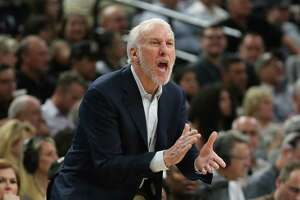 Popovich unsure whether NBA should change intentional foul rules - Photo
