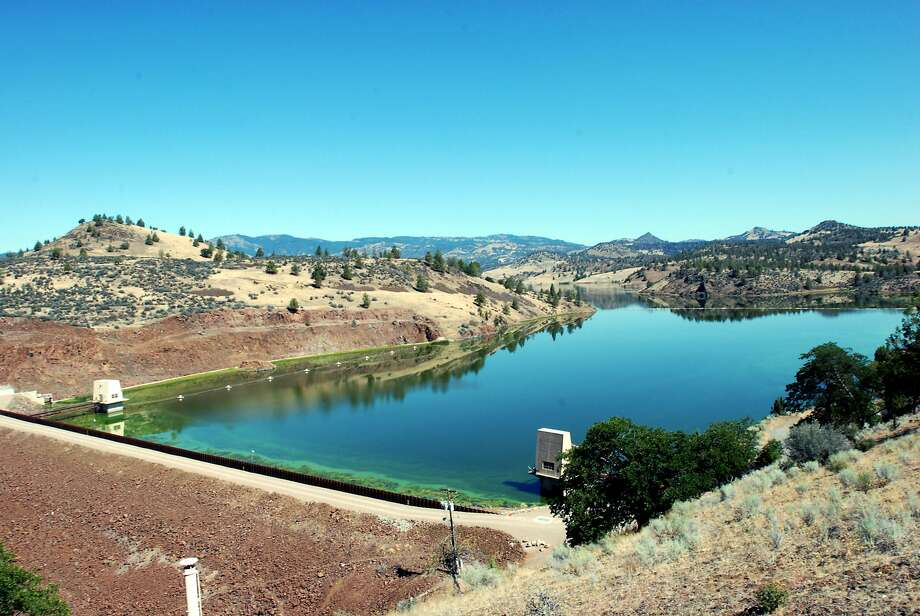 Iron Gate Dam on the Klamath River near Hornbrook (Siskiyou County), seen in 2009, is one of the dams set to be taken down in a river restoration project. Photo: Jeff Barnard, ASSOCIATED PRESS