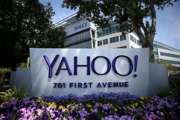 A sign is posted in front of the Yahoo! headquarters on May 23, 2014 in Sunnyvale, California.  (Photo by Justin Sullivan/Getty Images)
