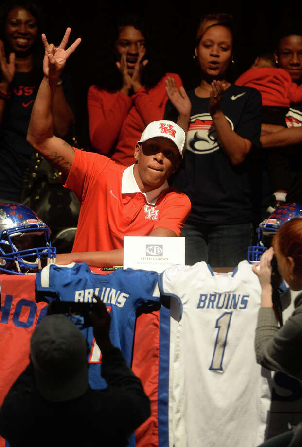 West Brook's Keith Corbin announces his decision to attend the University of Houston during a special program at the school on Wednesday.    Photo taken Wednesday, February 03, 2016  Guiseppe Barranco/The Enterprise Photo: Guiseppe Barranco, Photo Editor