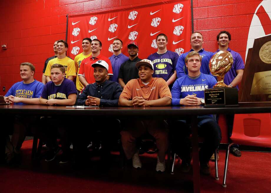 Katy High School's class of football players who participated in a signing day ceremony, Wednesday, Feb. 3, 2016, in Houston. Photo: Mark Mulligan, Houston Chronicle / © 2016 Houston Chronicle