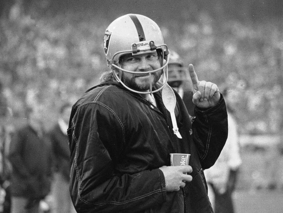 """FILE - In this Dec. 27, 1976, file photo, Oakland Raiders quarterback Ken Stabler stands on the sidelines during the second half of AFC championship game against the Pittsburgh Steelers in Oakland, Calif. Boston researchers say Stabler had the brain disease CTE. Boston University confirmed the diagnosis Wednesday, Feb. 3, 2016.  Stabler, who died of colon cancer at 69 in July 2015, had Stage 3 chronic traumatic encephalopathy, Dr. Ann McKee told The Associated Press. McKee said the disease was widespread throughout his brain, with """"severe"""" damage to the regions involving learning, memory and regulation of emotion. (AP Photo/File) ORG XMIT: NY108 Photo: Anonymous / AP"""