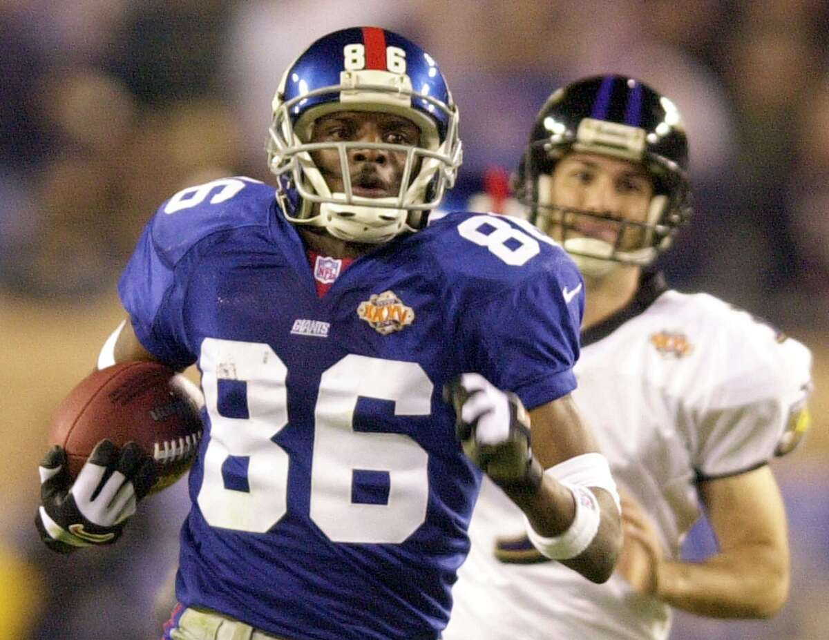 37. Three returns in a row: Duane Starks' 49-yard touchdown return boosted Baltimore to a 17-0 lead in Super Bowl XXXV. The Giants answered when Ron Dixon ran the ensuing kickoff back for a 97-yard touchdown return. Baltimore snatched the momentum back when Jermaine Lewis ran the ensuing kickoff back 84 yards for another score, putting the Ravens firmly in control of an eventual 34-7 triumph.