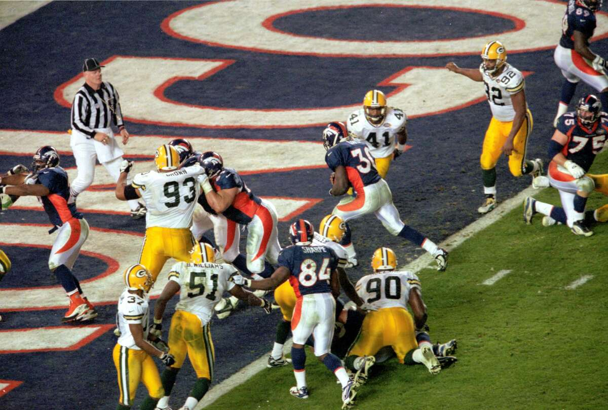 30. Let TD score : With Denver set for a game-winning score in the final two minutes of Super Bowl XXXII, Green Bay coach Mike Holmgren elected to allow Terrell Davis score with 1:45 left go give his offense a chance to tie the game on its final possession. His strategy did not work as the Packers could not score as the Broncos escaped with a 31-24 victory.