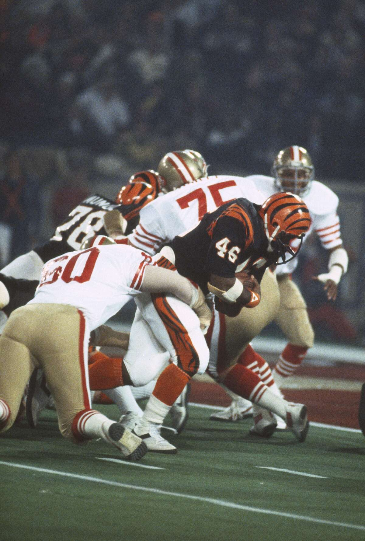 29. 49ers' goal-line stand: San Francisco changed the course of Super Bowl XVI late in the third quarter when Cincinnati was driving to try and climb back in the game. The 49ers turned away the Bengals four times inside their 3-yard line, including a fourth-down stop of bullish fullback Pete Johnson by Ronnie Lott, Dan Bunz and Jack