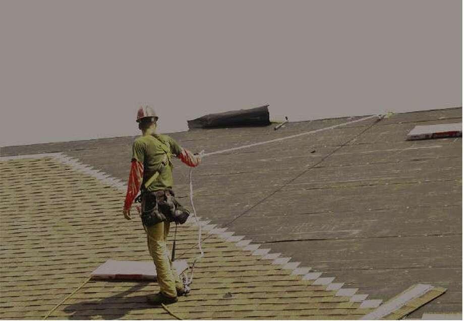 Osha Roofers Faced Electrocution Long Falls