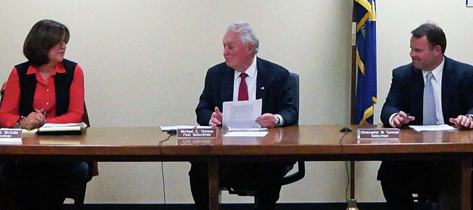 First Selectman Mike Tetreau, center, won't look to put Board of Education Chairman Phil Dwyer on the Holland Hill Building Committee. Photo: Genevieve Reilly /Hearst Connecticut Media / Fairfield Citizen